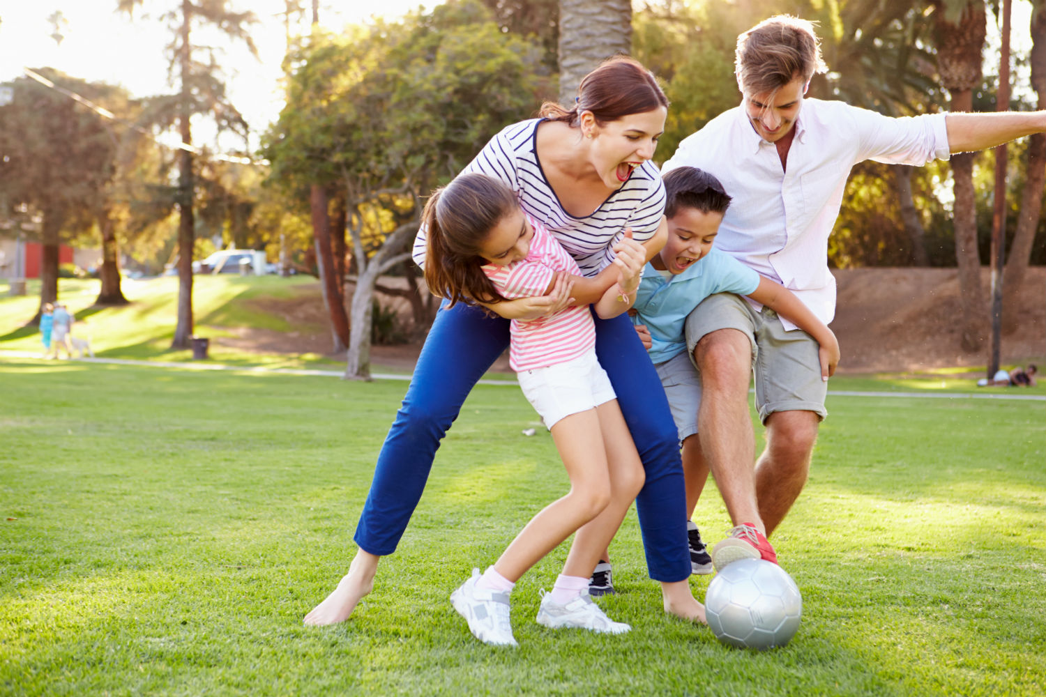 Outdoor Activities to Get The Whole Family Moving